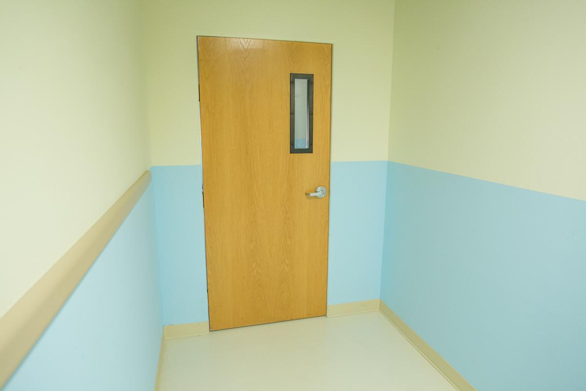 hospital standing set in la