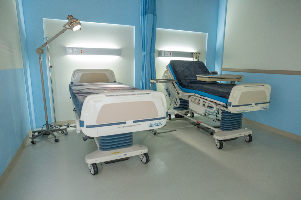 hospital standing set in los angeles