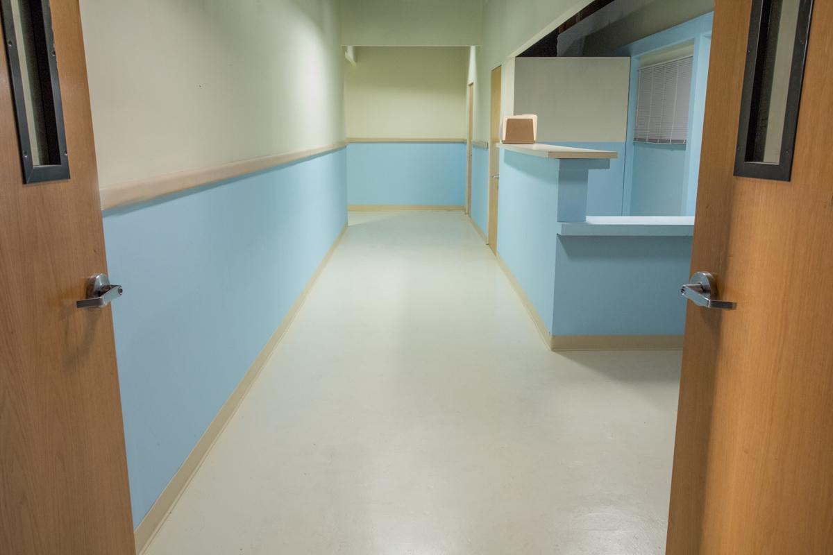 patient room standing set