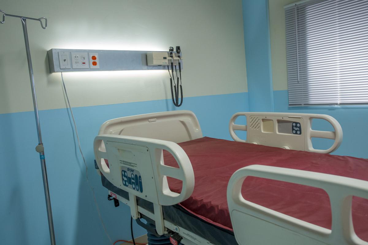 hospital standing set la