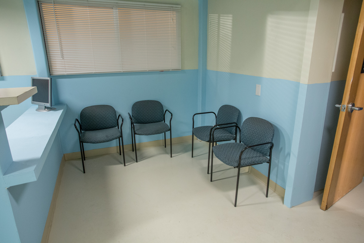 patient room standing set